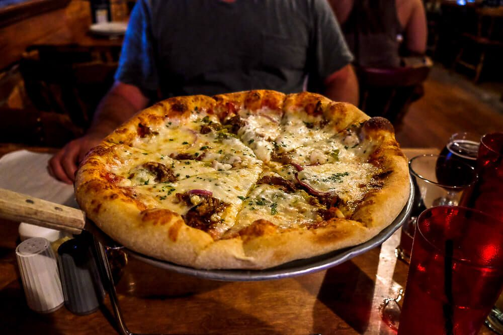 pizza in greenville sc: barleys