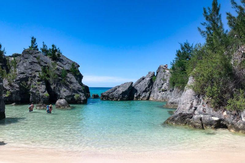 Jobson Cove, Bermuda