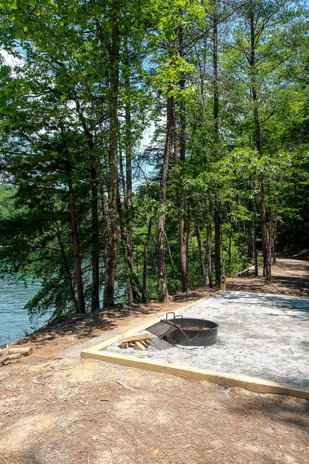 site 6 Boat in campsites at lake jocassee