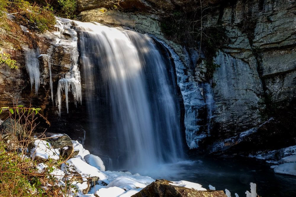 looking glass falls in pisgah national forest
